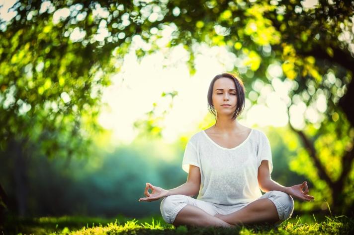 meditating-quiet-peace-stillness-outside-3c8r